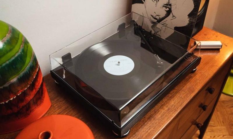 Audio-Technica – AT-LPW50PB – Style Sound – Tienda Alta Fidelidad en Barcelona